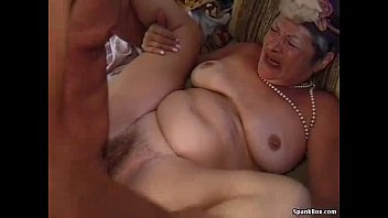 some youngs fucking granny Tall girl forcing small guy