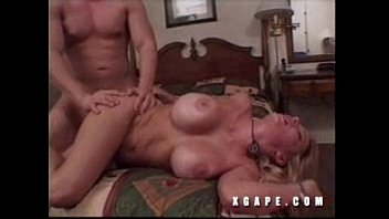 screams anal blonde and gets so hot14 08 real amateur latin girls