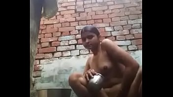 and whore like wife a slapped treated Flagra de traeao no mato