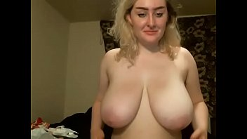 tit huge tow Ana 20 ans