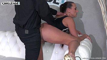 internal anal cumshot Mulher sendo comida por cavalo