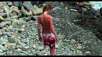 voyeur sex beach with Watching video in 3gp sex