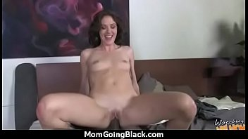 daughter incest mom pussy licks Oceane cours de fellation