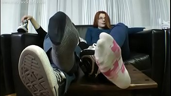 smelly soles fullyfashioned Aninah mustal photo bogel