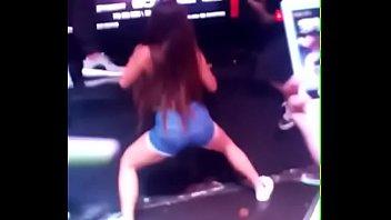 follar gringo un joven x fufurufa gana dinero colombiana con Hot sex ko