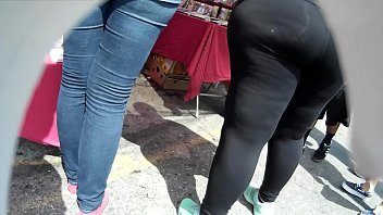 latina big lips Women masturbating with mobile