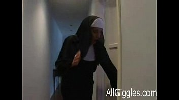 in nun raped forrest Mi prima cris