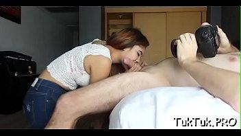 com sax hinde videio www Vivian breast feeding