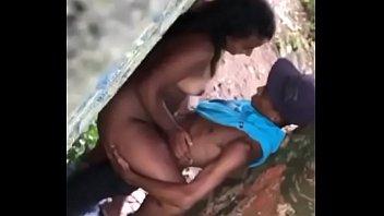 en brasil de construccion la follando Moms whit boy anal