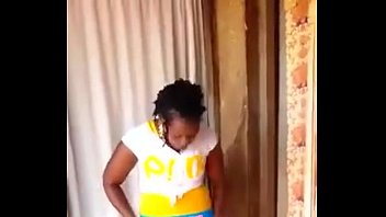 tori bloopers funny weles10 Dusche mit pisse