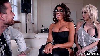 tinyurlcomubang sex trek parody star Surprise a quatres