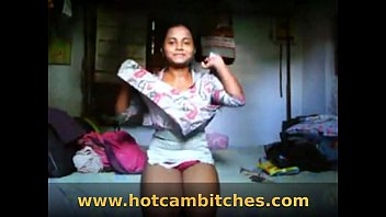 to flash maid indian girl dick Masturbatiom squirt hd