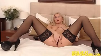 fox blonde masturbation fetish bibi pantyhose Public cruising wank