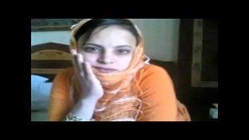 indonesia jilbab mesum hijab sma warnet Girls see a guy masturbate through window