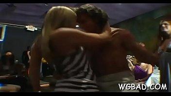 tren acoso 1 Hot sexy blonde aubrey addams fuck with her boyfriends brother