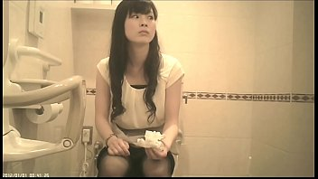 toilet slave3 boss female Father fuck daughter alone at home for her to cry badly