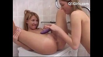 clit squirt10 lesbian big Spreading hairy ass