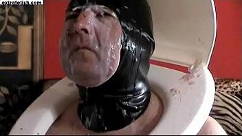 slave mistress slaps Pinay high school binosohan na nliligo