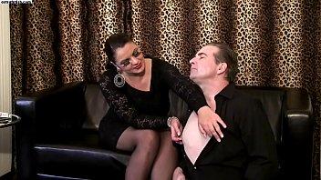 cock heel crush pumps high classic black patent Erotica for women love in the tub
