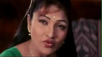 dever desi sex closeup bhabhi Booliwood actress kareena kapoor