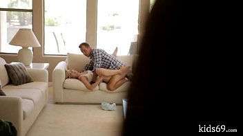 son share his mom Www10 years old age of xxx videos